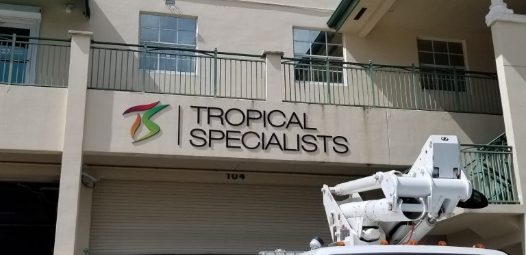 Custom Signs at Major League Signs in Miami
