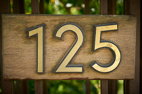 125 exterior address numbers in Miami, FL